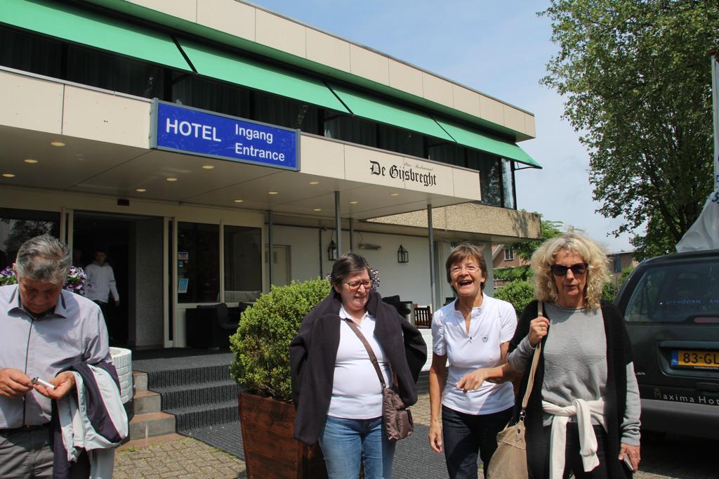 002 l'hotel Best Western  Uithoorn avec Marieke .