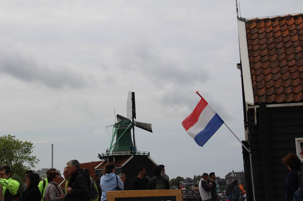 010 drapeau Hollandais