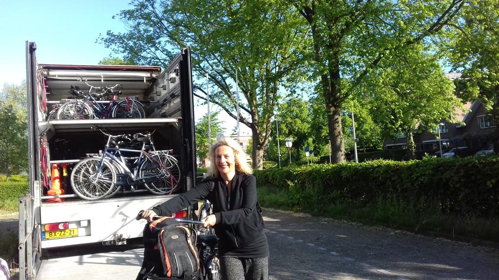 040 Livraison des vélos de location à l'hotel